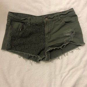 Olive green Forever 21 Shorts. Size 30.